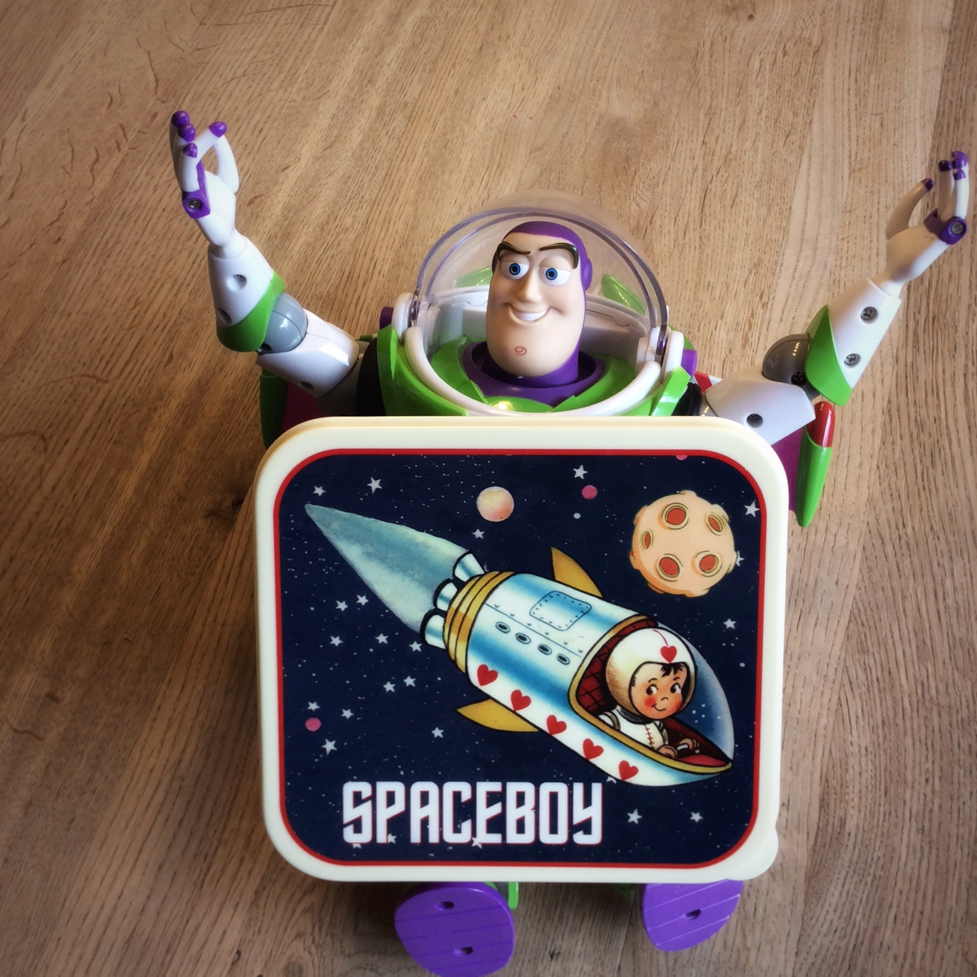 lunchtrommel spaceboy