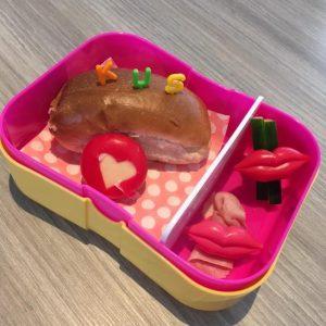 Leuke lunchtrommel thema liefde bento lunch babybel